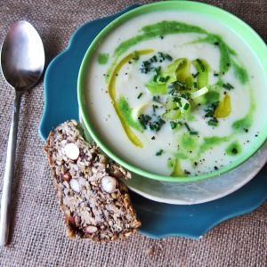 Vegan Leek and Cauliflower Soup